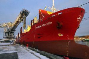Перевозка и доставка наливных грузов морем